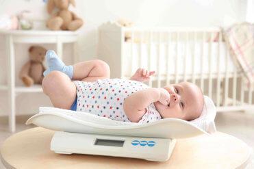 Vývoj a správna hmotnosť kojenca