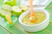 Ovocné príkrmy – aké a kedy začať